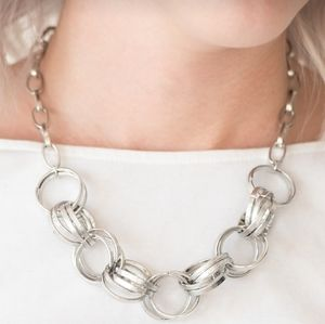"""Statement Made"" - Silver Circle Necklace Set"